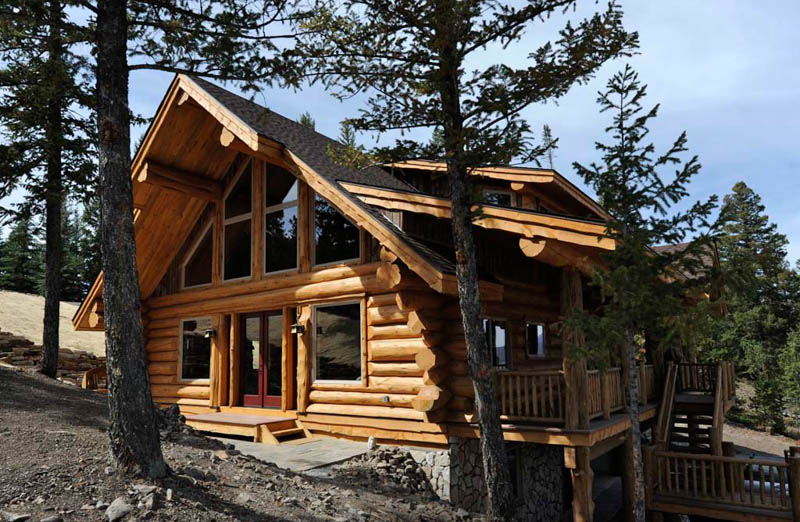 And By The Early 2000s Anderson Was Specializing In Making Building Homes Made Of Lodgepole Blue Stain Pine Western Red Cedar