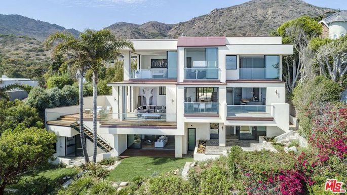 Home Builders In Malibu California